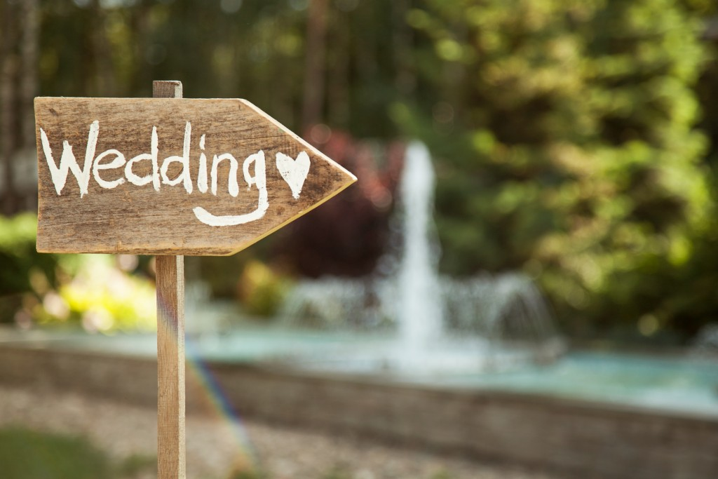 wedding arrow signage